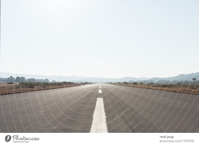 Runway clear Sky Cloudless sky Canyon Plain Crete Airport Airfield Signs and labeling Line Far-off places Infinity Blue Gray Loneliness Horizon Target Asphalt
