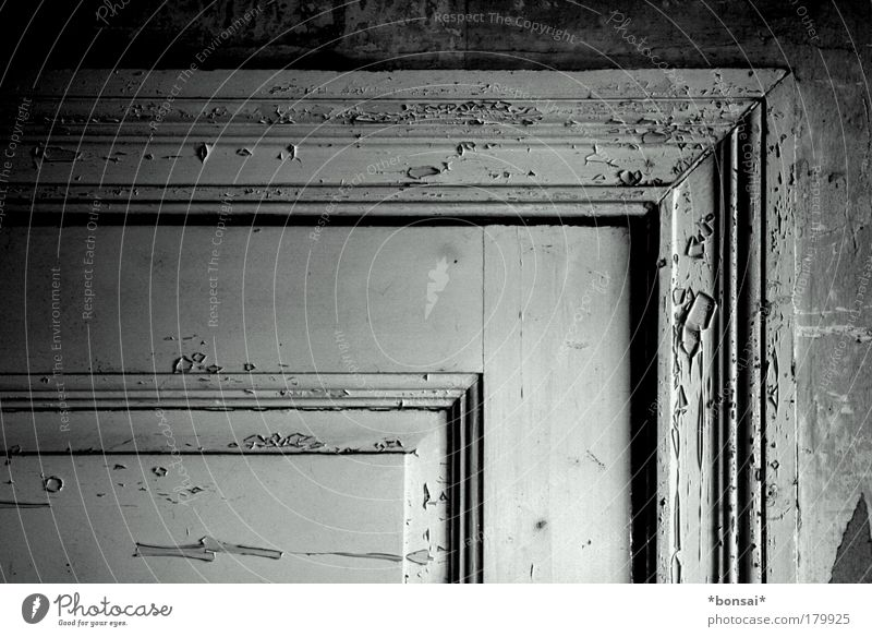 Old White Black Wall (building) Wood Wall (barrier) Door Interior design Elegant Design Esthetic Retro Nostalgia Redecorate Sharp-edged Ornament