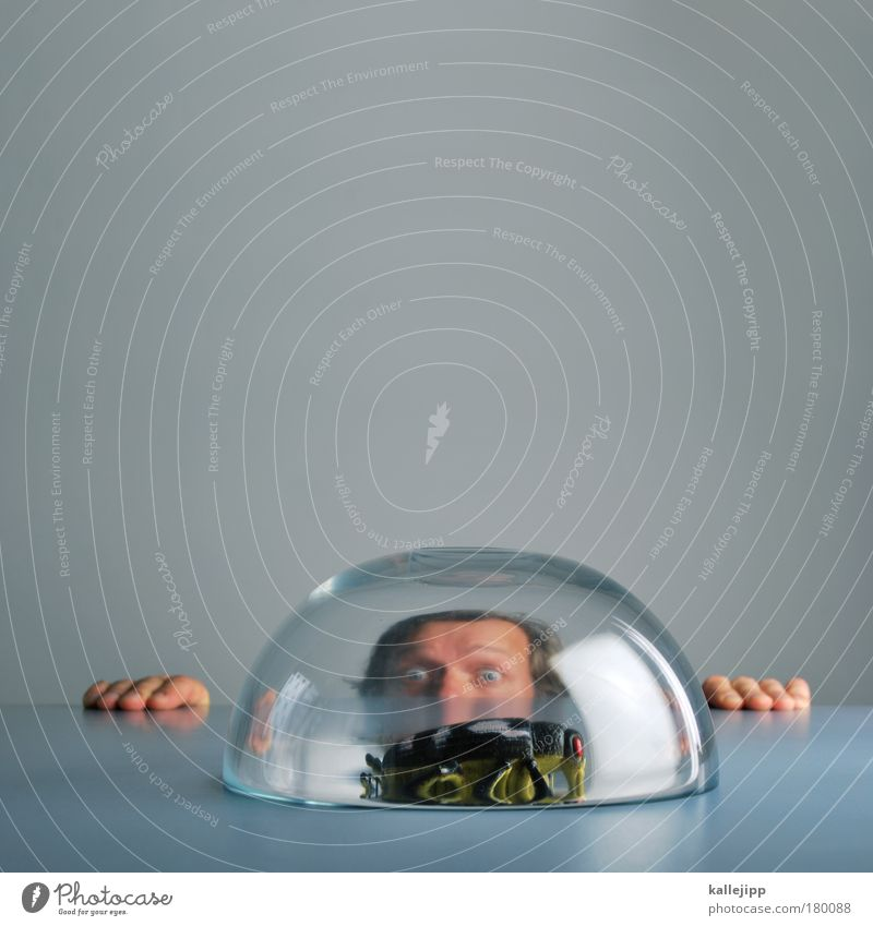 Human being Man Face Animal Life Hair and hairstyles Gray Head Fear Funny Adults Fingers Dangerous Perspective Round Sphere