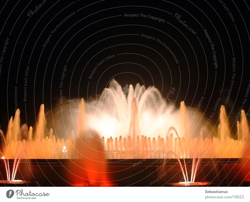 Water Colour Wet Romance Well Spain Barcelona Catalonia Fountain Photographic technology Water fountain
