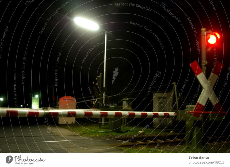 Level crossing without train Railroad crossing Traffic light Control barrier Lantern Railroad tracks Transport Andreaskruets