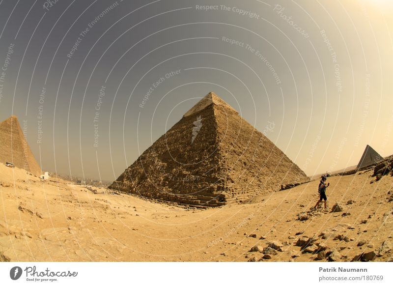 The three great pyramids on the plateau of Gisa (Giza) Subdued colour Exterior shot Day Fisheye Compass (Navigation) Technology Work of art Landscape Earth Sand