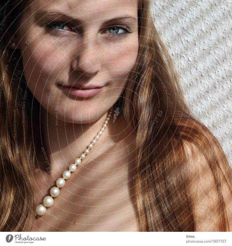 . Wallpaper Room Feminine 1 Human being Necklace Pearl necklace Blonde Long-haired Observe Think Smiling Looking Wait Beautiful Contentment