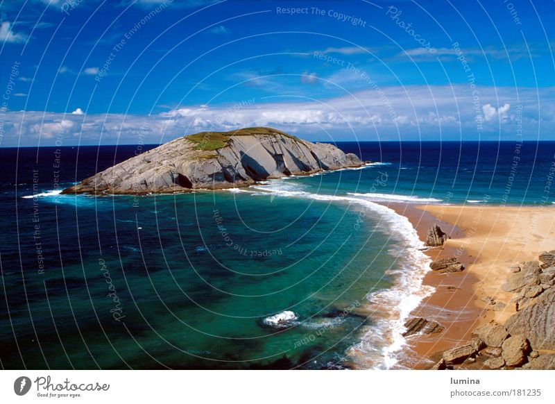 Island in the north of Spain Colour photo Exterior shot Copy Space left Copy Space top Copy Space bottom Day Sunlight Wide angle Harmonious Relaxation