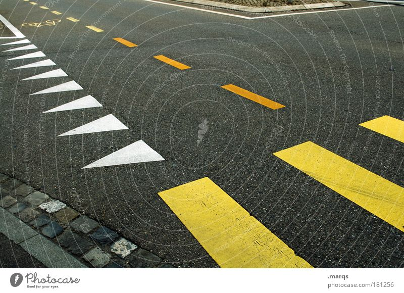 City Yellow Lanes & trails Line Road traffic Transport Driving Stripe Uniqueness Arrow Stress Mobility Traffic infrastructure Crossroads Road junction