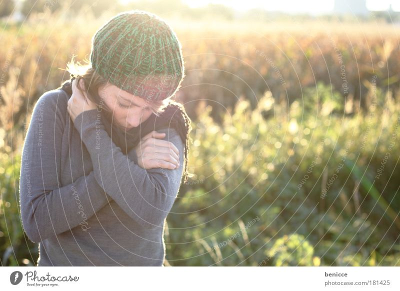 freeze Woman Human being Youth (Young adults) Cap Woolen hat Red-haired Autumn Winter Portrait photograph Common cold wave of flu Fever Autumnal Close-up Nature