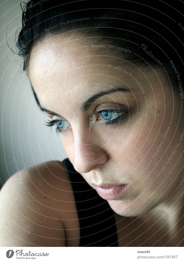 view into the void Colour photo Portrait photograph Looking away Human being Feminine Young woman Youth (Young adults) Woman Adults Skin Head Eyes 1 Brunette