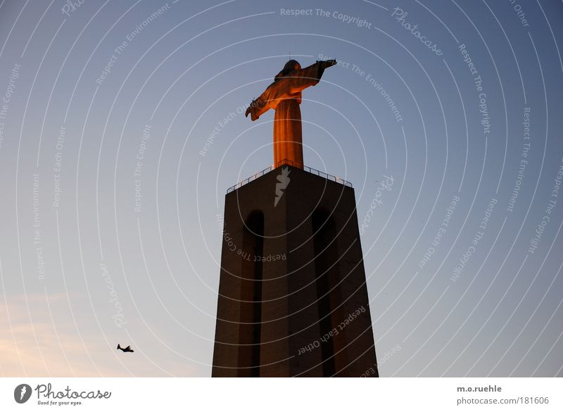 Architecture Religion and faith Stone Moody Concrete Esthetic Hope Europe Might Manmade structures Sign Belief Monument Statue Landmark Tourist Attraction