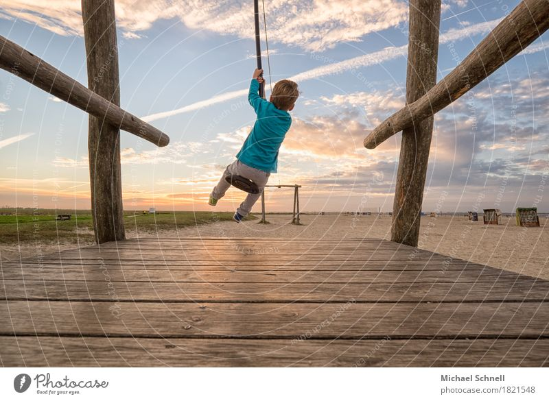 zestfully Playing Children's game Playground Vacation & Travel Ocean Human being Masculine Boy (child) Infancy Body 1 3 - 8 years Sand Happy Infinity Positive