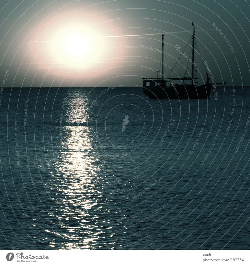 Nature Water Beautiful Sky Sun Ocean Blue Summer Beach Vacation & Travel Calm Emotions Watercraft Waves Coast Horizon