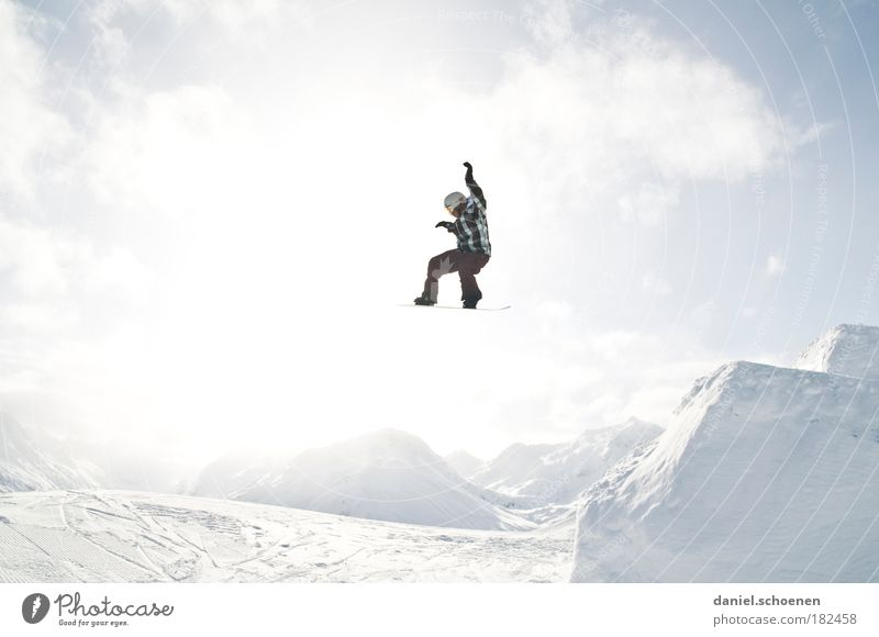 Human being Vacation & Travel Youth (Young adults) Young man Joy Winter 18 - 30 years Mountain Adults Emotions Movement Snow Sports Happy Jump Masculine