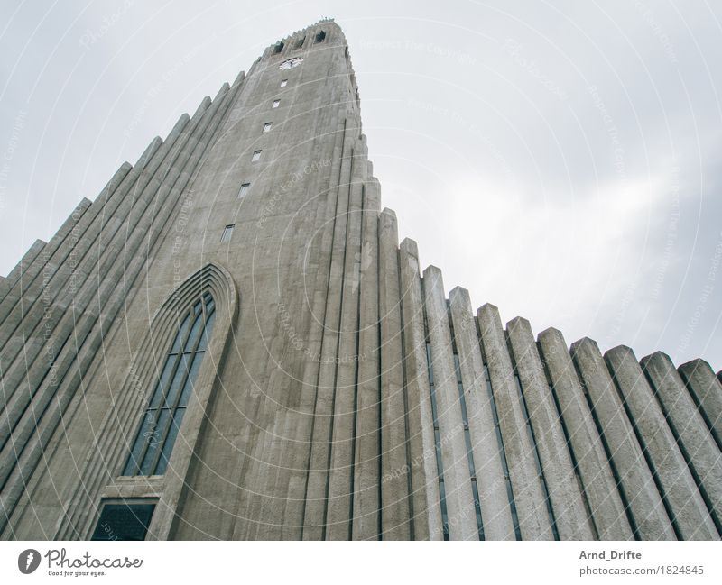Hallgrímskirkja Vacation & Travel Tourism Sightseeing City trip Sky Clouds Bad weather Reykjavík Iceland Town Capital city Downtown Church Tourist Attraction
