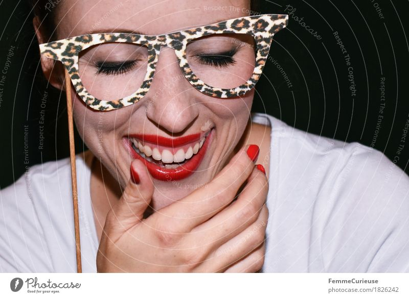 Visual_aid_1826242 Joy Feminine Young woman Youth (Young adults) Woman Adults Human being 18 - 30 years Carneval glasses Carnival Party Party guest