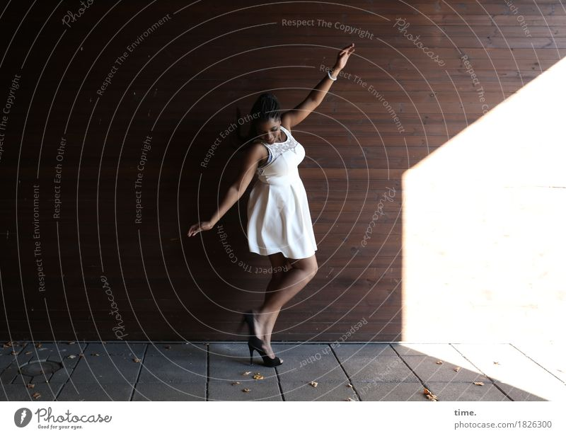 Human being City Beautiful Wall (building) Life Emotions Lanes & trails Movement Feminine Wall (barrier) Time Esthetic Dance Joie de vivre (Vitality) Dress