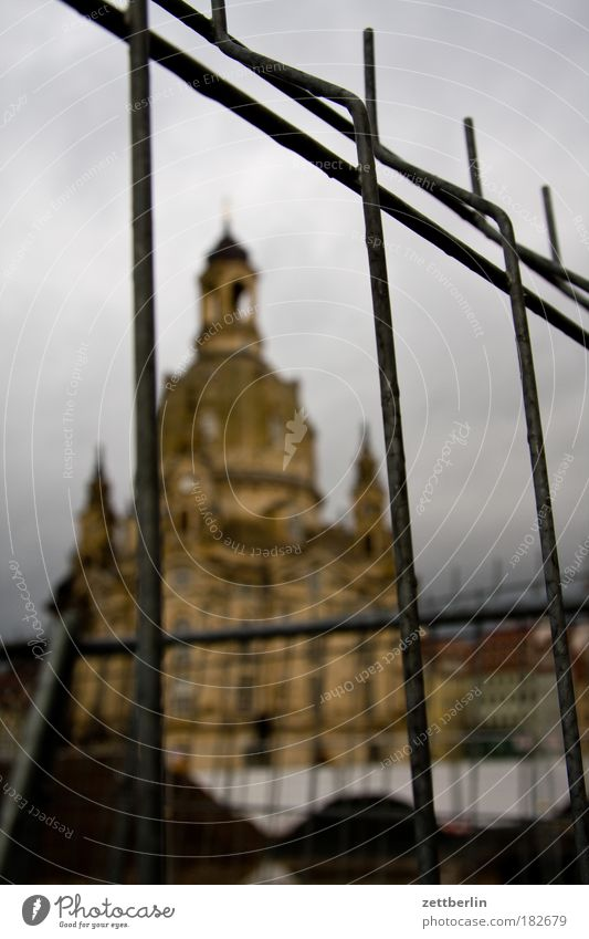 Church of Our Lady Old Markets Altmark Dresden Frauenkirche Autumn New market Residenzschloss Tourism Zwinger Rococo Sandstone Fence Construction site Blur