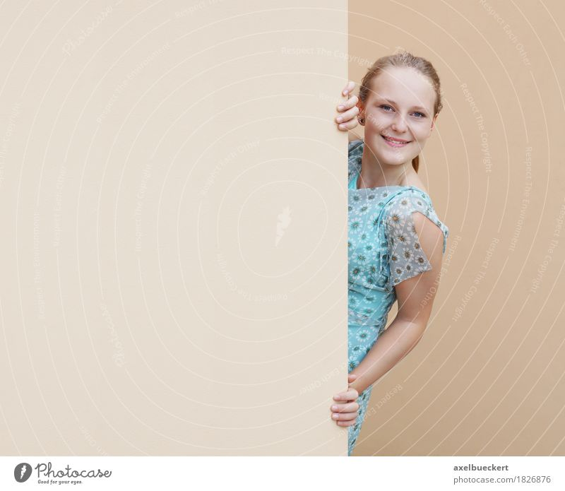 young woman peeking around corner Lifestyle Joy Human being Feminine Girl Young woman Youth (Young adults) Woman Adults 1 18 - 30 years Wall (barrier)