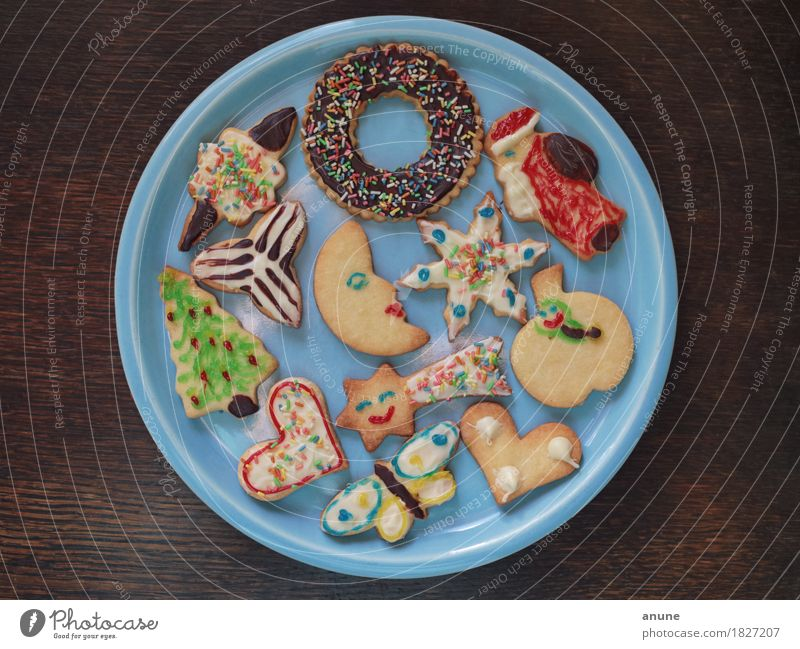 Christmas & Advent Wood Food Feasts & Celebrations Nutrition Decoration Infancy Heart Uniqueness Sweet Cute Sign Delicious Candy Tradition Plate