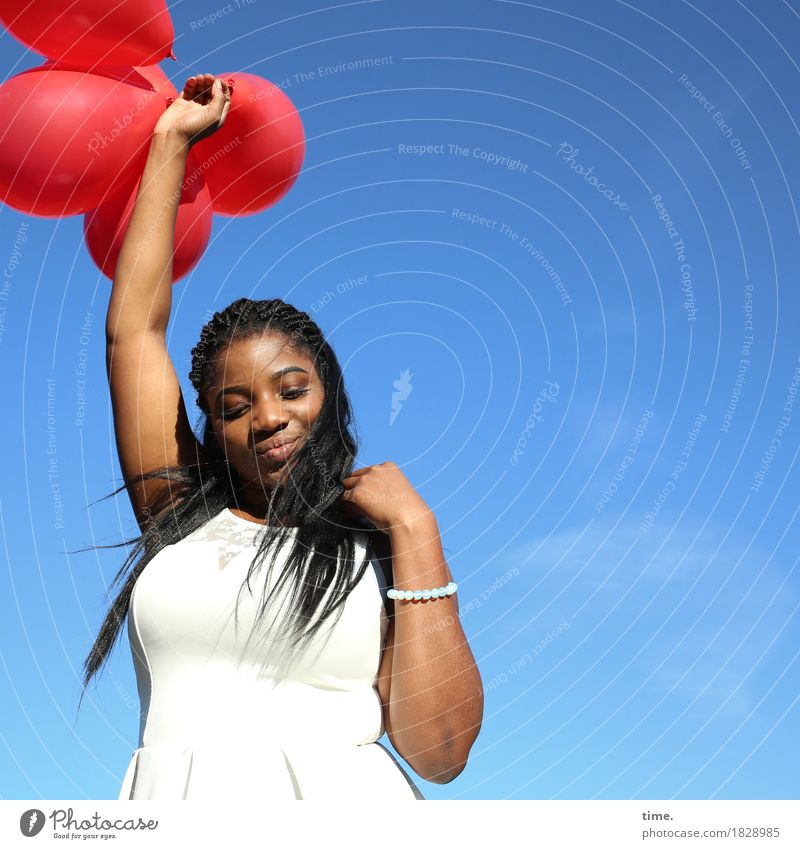 . Feminine 1 Human being Dress Jewellery Black-haired Long-haired Balloon Observe Movement To hold on Smiling Looking Stand Beautiful Joie de vivre (Vitality)