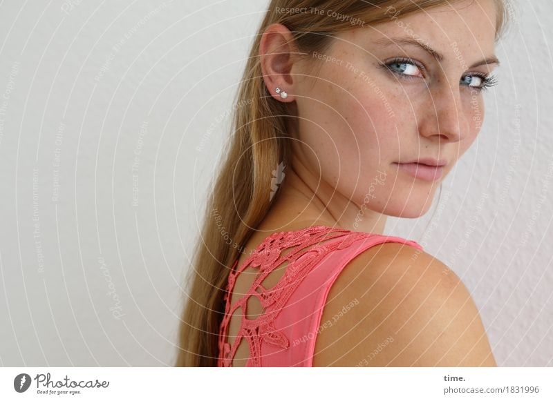 . Feminine 1 Human being Dress Jewellery Blonde Long-haired Observe Think Looking Study Wait Beautiful Self-confident Cool (slang) Willpower Watchfulness Serene