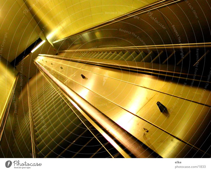 Transport Escalator