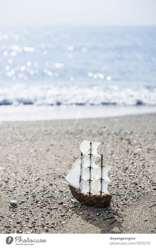 Model sailing ship Vacation & Travel Old Summer White Ocean Beach Wood Playing Small Watercraft Leisure and hobbies Transport Retro Toys Model Sailing