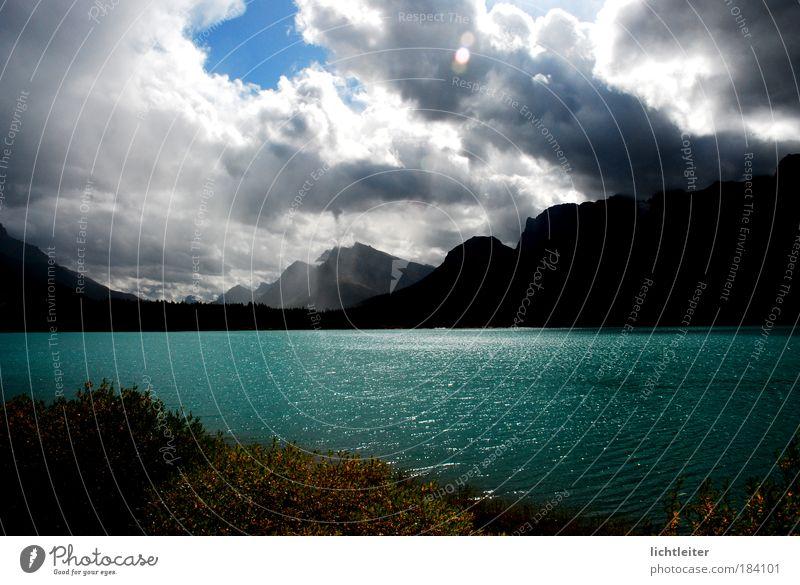 Water Clouds Mountain Landscape Authentic Uniqueness Lakeside