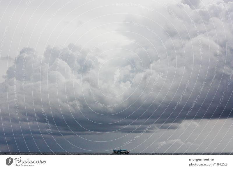Nature Water White Ocean Blue Summer Clouds Dark Work and employment Gray Lake Waves Horizon Transport Speed Weather