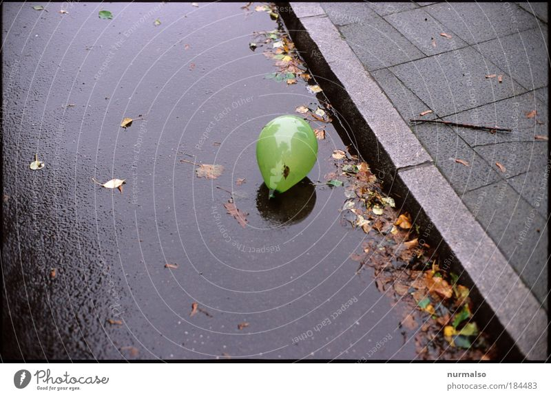 Water City Loneliness Street Playing Autumn Environment Rain Art Infancy Esthetic Hope Balloon Round Simple Sign