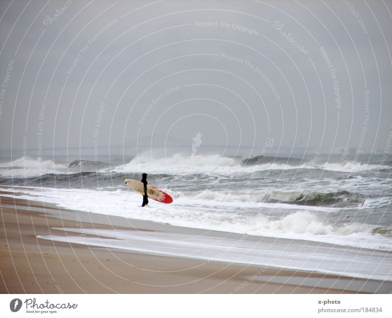 Human being Nature Sky Ocean Winter Sports Landscape Waves Wind Leisure and hobbies Thunder and lightning Storm Water Sportsperson Aquatics