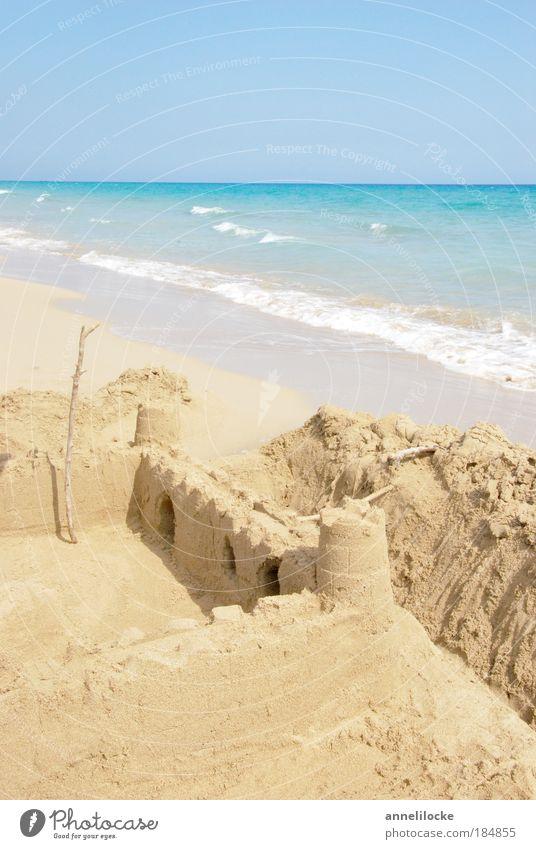 Buddelkasten in Paradis Day Light Sunlight Vacation & Travel Tourism Far-off places Freedom Summer Summer vacation Sunbathing Beach Ocean Island Waves Sand