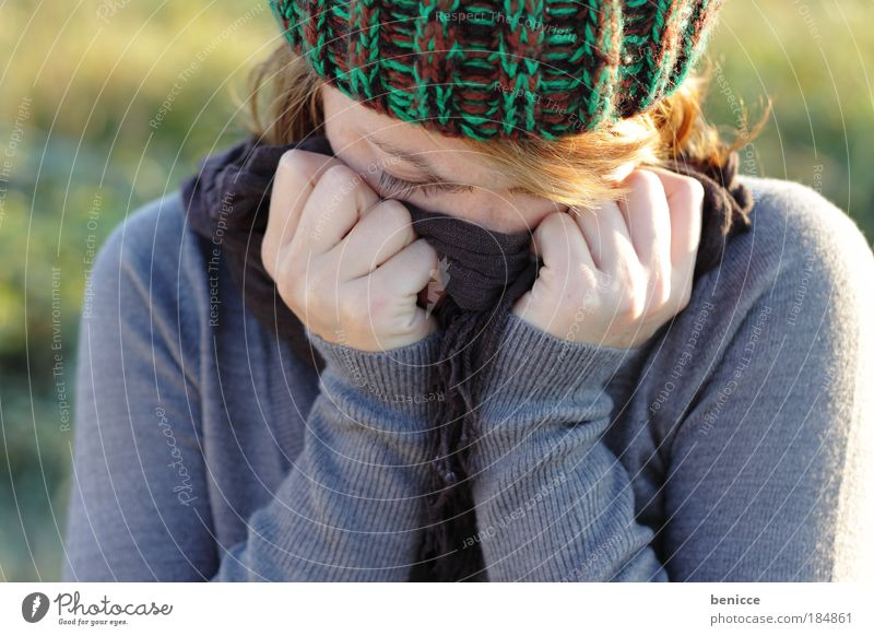 Woman Winter Cold Autumn Sadness Grief Common cold Illness Cap Hide Freeze Human being Cry Frustration Cough