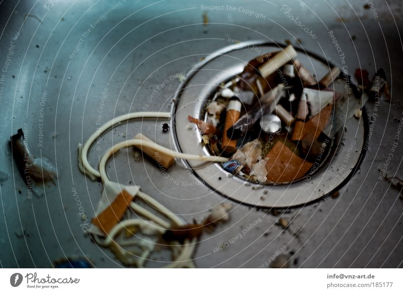 Feasts & Celebrations Dirty Lifestyle Smoking Trash Cigarette Hideous Night life Kitchen sink Slimy Cigarette Butt