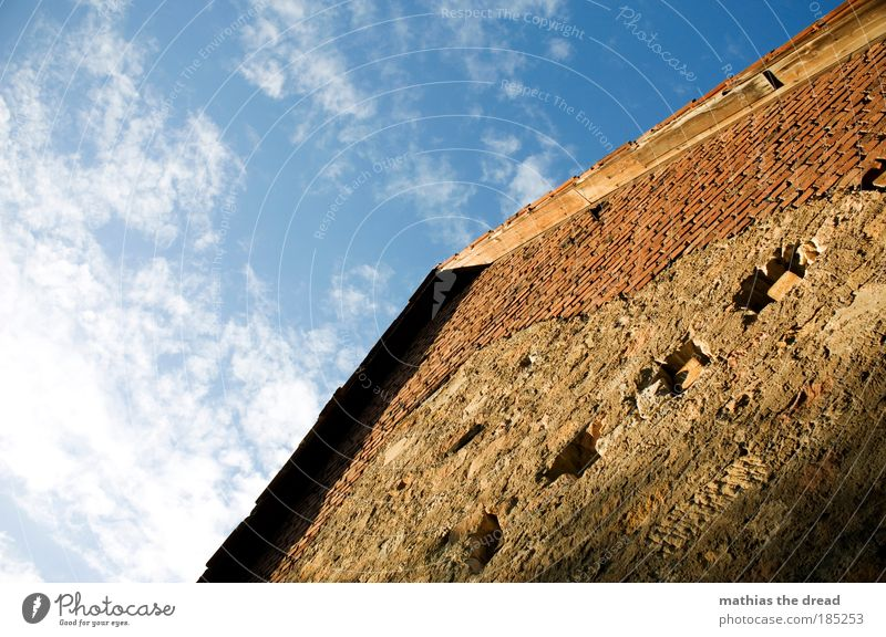 OLD FARMHOUSE Sky Clouds Beautiful weather Village Deserted Ruin Manmade structures Building Architecture Wall (barrier) Wall (building) Facade Roof Old