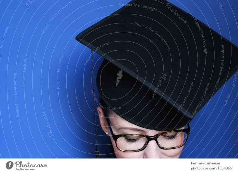 Graduation_1854065 Feminine Young woman Youth (Young adults) Woman Adults Head Human being 18 - 30 years Education Success mortarboard master hat