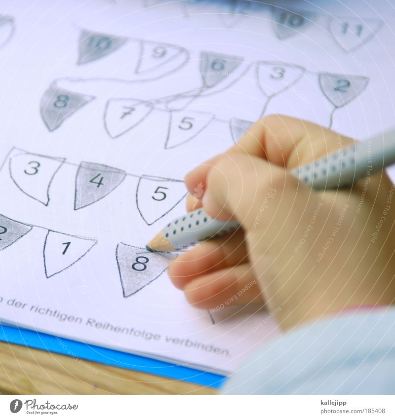 Human being Child Hand Girl School Infancy Characters Fingers Study Digits and numbers Education Scream Student 8 Parenting Connect