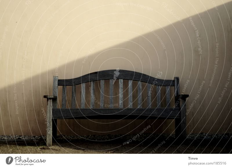 Calm Loneliness Relaxation Wall (building) Wall (barrier) Trip Break Bench Leisure and hobbies Seating Weathered Skin color Wooden bench Restful Garden bench