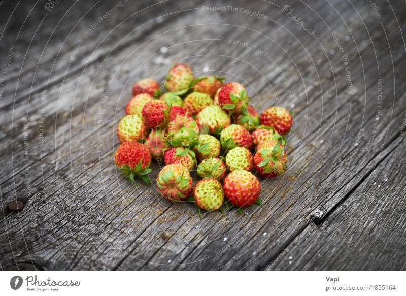 Bunch of red wild strawberry Food Fruit Dessert Nutrition Breakfast Organic produce Vegetarian diet Diet Healthy Eating Summer Nature Leaf Wood Old Fresh