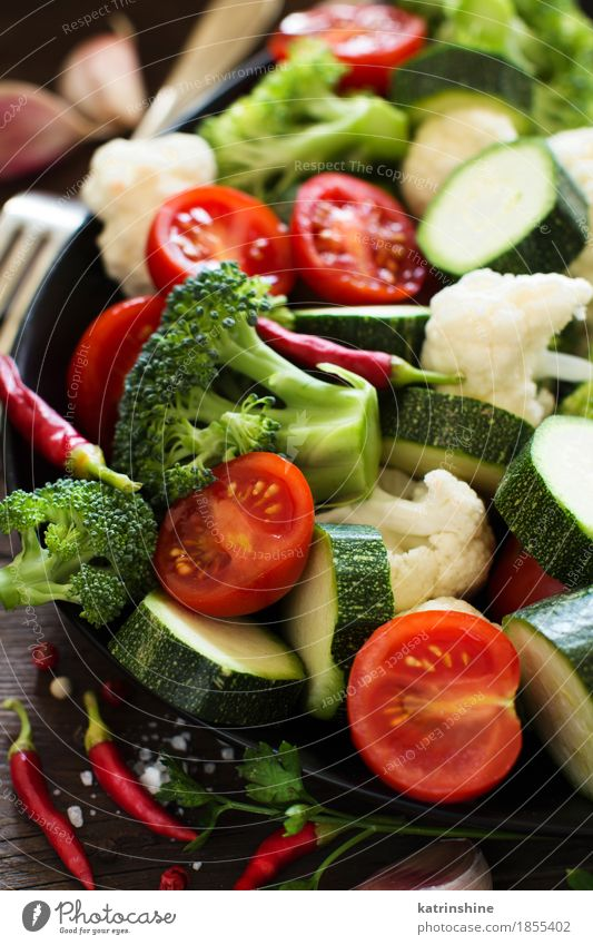 Fresh vegetables close up Summer Green Leaf Dark Eating Autumn Natural Table Herbs and spices Seasons Vegetable Farm Harvest Collection Vegetarian diet