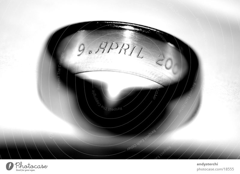 Love Glittering Digits and numbers Jewellery Connection Ring Year Silver Jubilee Matrimony Colossus Anniversary Gravure
