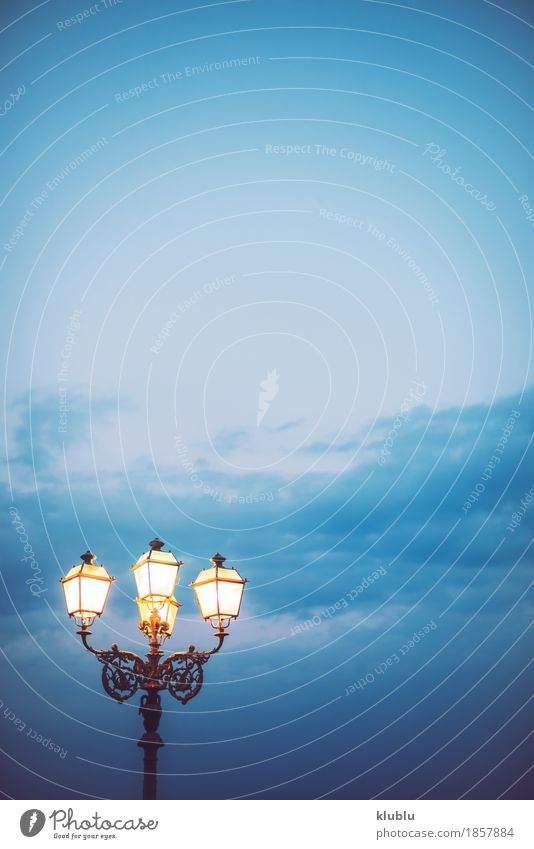 Sky and streetlight at dusk Design Summer Beach Ocean Lamp Nature Landscape Horizon Weather Storm Wind Architecture Street Steel Old Hang Dark Natural Blue
