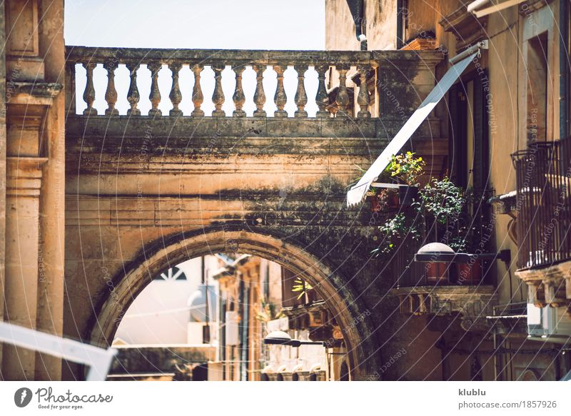View of Noto, Sicily, Italy Style House (Residential Structure) Sky Town Building Architecture Street Stone Old Hot sicilia noto Italian Alley Vantage point