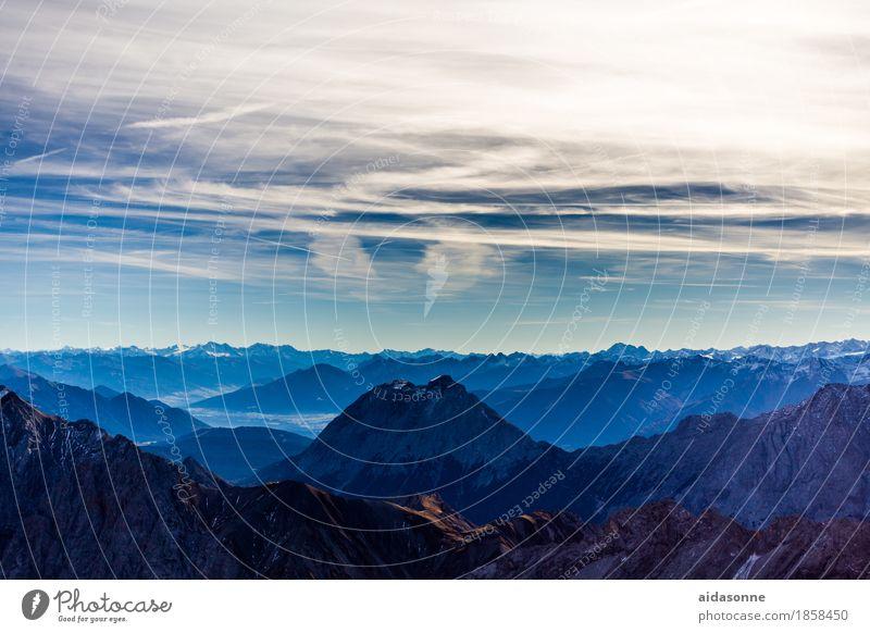Sky Nature Landscape Calm Mountain Emotions Contentment Joie de vivre (Vitality) Beautiful weather Peak Alps Snowcapped peak Serene Enthusiasm Attentive
