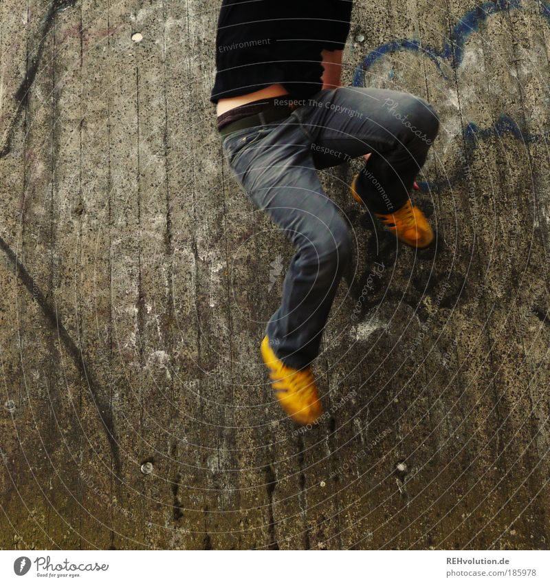 häppi börsdäj photokäjs Human being Masculine Young man Youth (Young adults) Adults Legs Feet 1 18 - 30 years Sneakers Movement Jump Free Yellow Gray Joy Happy