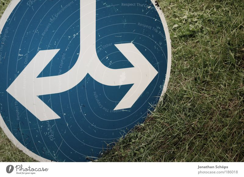 Blue White Green Meadow Lanes & trails Grass Signs and labeling Transport Circle Signage Direction Round Sign Arrow Divide Motoring