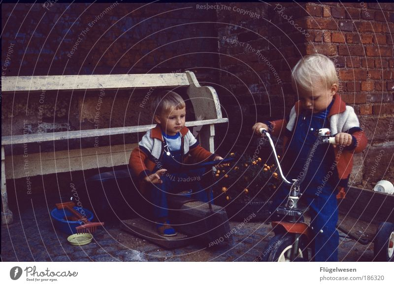 At Shoemaker's Court II Lifestyle Leisure and hobbies Playing Cycling Parenting Boy (child) Infancy 2 Human being Driving Cool (slang) Optimism Speed Formula 1