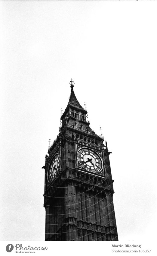 White Black Architecture Gray Large Authentic Design Black & white photo Uniqueness Manmade structures Historic London Tourist Attraction Capital city Sharp-edged England
