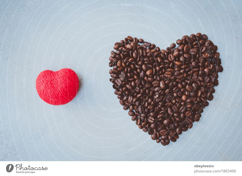 red heart beside coffee beans Lifestyle Elegant Style Design Joy Happy House (Residential Structure) Nature Adventure Colour photo Multicoloured Close-up Detail