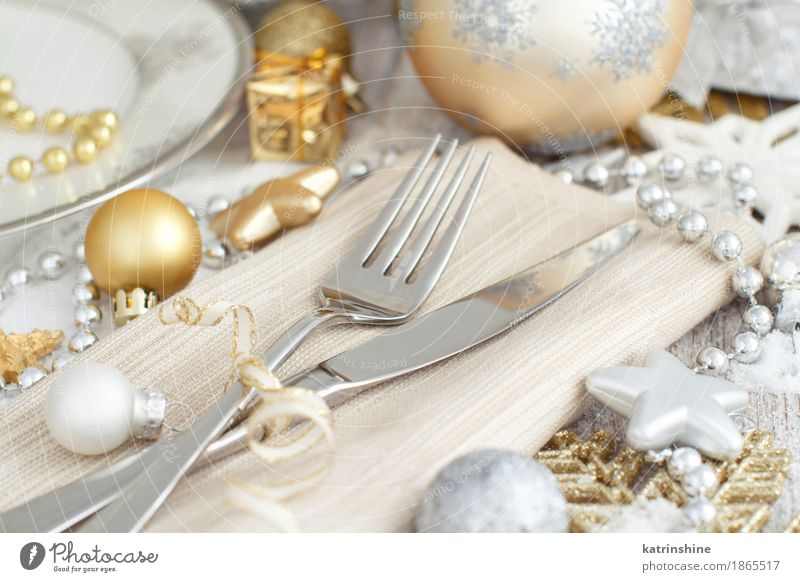 Silver and golden Christmas Table Setting Plate Cutlery Knives Fork Decoration Feasts & Celebrations Christmas & Advent New Year's Eve Exceptional Gold Gray