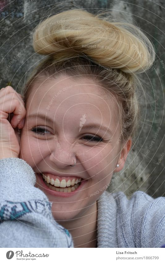 Youth (Young adults) Beautiful Young woman 18 - 30 years Adults Life Funny Healthy Feminine Laughter Happy Fashion Hair and hairstyles Illuminate Blonde Esthetic