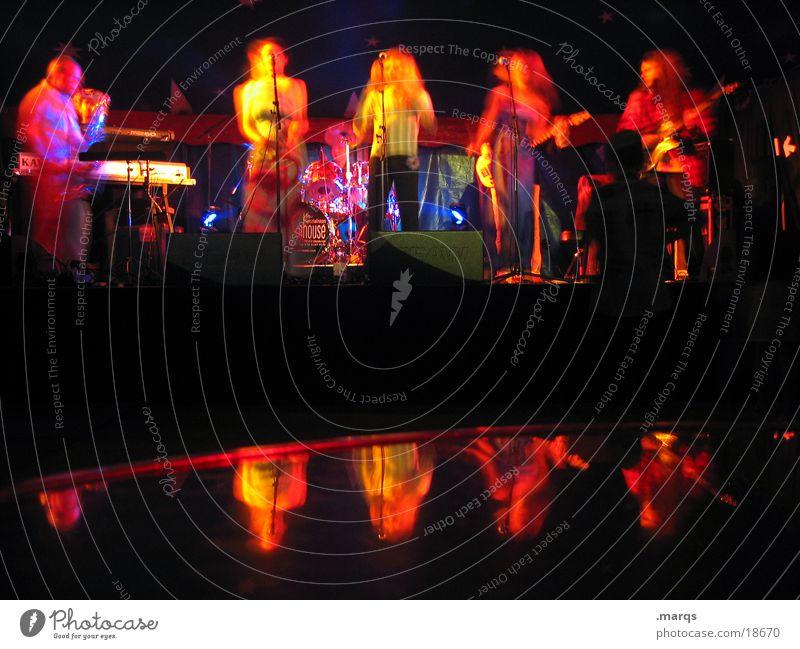 Dark Playing Shows String Club Sing Song